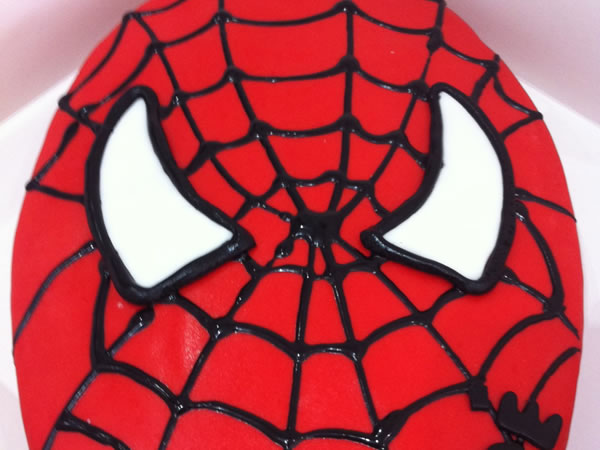 gateau spider man